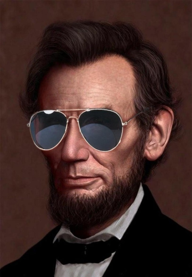 Abe-Lincoln-Wearing-Sunglasses-87640